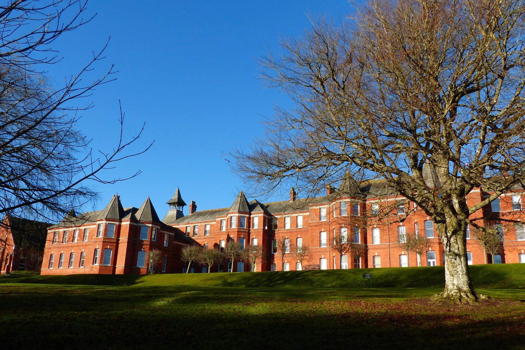 South face of Greenwood House in Charlton Down in winter